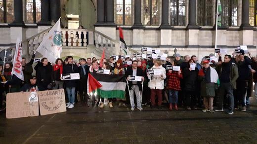 Rassemblement contre la participation de la ville Gand à la mission de la VOKA en Israël