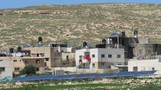 Les panneaux solaire du village ont été détruit. La Belgique doit appliquer des sanctions !