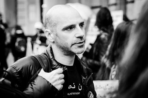 Ronnie Barkan prononça un discours remarqué devant le tribunal de Berlin