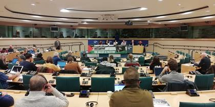 """Présentation au parlement européen du rapport """"La complicité de l'Europe dans l'occupation de la Palestine par Israël : Le rejet du droit des Palestiniens à un travail décent"""""""