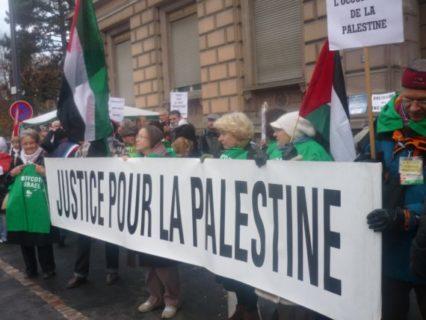 Manifestation de soutien lors d'un des procès des 12 de Mulhouse