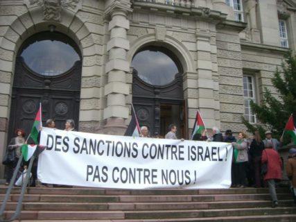 Manifestation devant la Cour d'appel de Colmar en soutien aux militants de Muhouse, en 2013