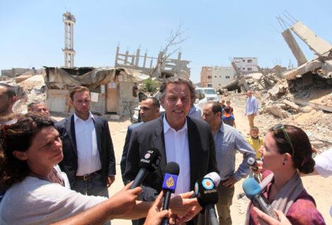 Bart Koenders, le ministre hollandais des Affaires étrangères (sur la photo, en visite à Gaza en 2015), a défendu le droit des activistes à boycotter Israël.