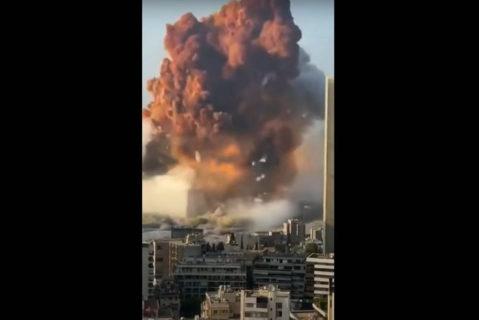 Capture d'écran sur Twitter d'une vidéo de l'explosion dans le port de Beyrouth, le 4 août 1970. (Photo : Twitter)