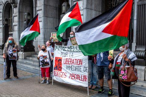 Action symbolique pour Georges Abdallah, juin 2020 à Charleroi. Photo : Raymond Saublains