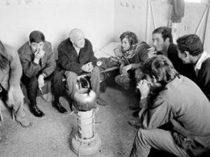 Jean Genet (2e à gauche)