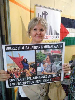 Campagne pour la libération de Khalida Jarrar et Khitam Saafin, qui avaient déjà été emprisonnées en 2017 (Photo : la Plate-forme Charleroi-Palestine à la semaine d'étude de Vie Féminine à Namur)