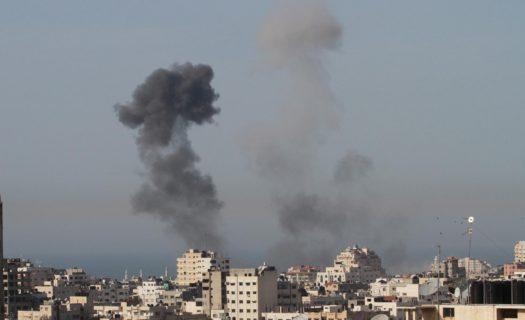 Raids et bombardements sur Gaza