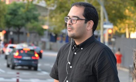 Muath Hamed, journaliste palestinien, affirme avoir été interrogé par un individu qu'il croit être un agent israélien des renseignements en Espagne. (Photo: via Facebook)