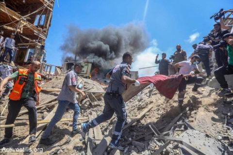 Israël a eu recours à ses pratiques habituelles consistant à vouloir terroriser une population civile sans défense. Accumulant meurtres et destructions dans la bande Gaza – et en toute impunité – l'état israélien a totalement échoué à affaiblir la résistance des Gazaouis – Photo: Mohammed Zaanoun/Activestills.org