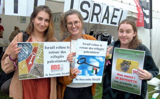 Photo : Plate-forme Charleroi-Palestine (devant le stand Boycott Israël à ManiFiesta)