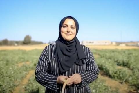 Ghaidaa Qudaih, de l'initiative agricole des Green Girls (les filles en vert) à Gaza. (Photo : avec l'aimable autorisation de Gisha)